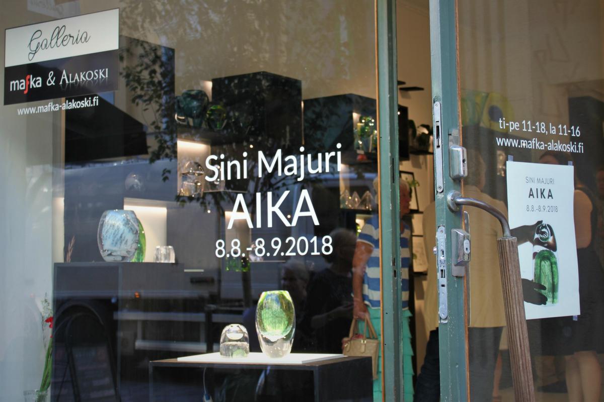 Sini Majuri: Aika - Time lasitaidenäyttely, Galleria Mafka&Alakoski